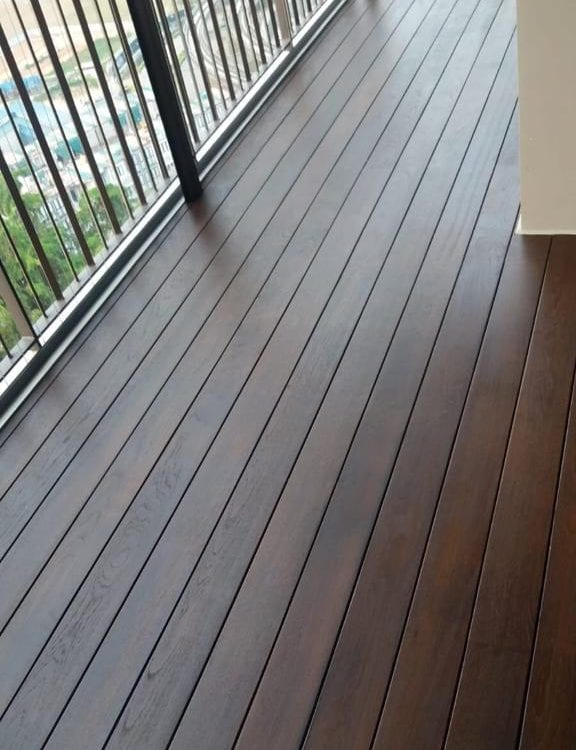 MuFlooring - Burmese Teak Decking With Light Walnut Vanish