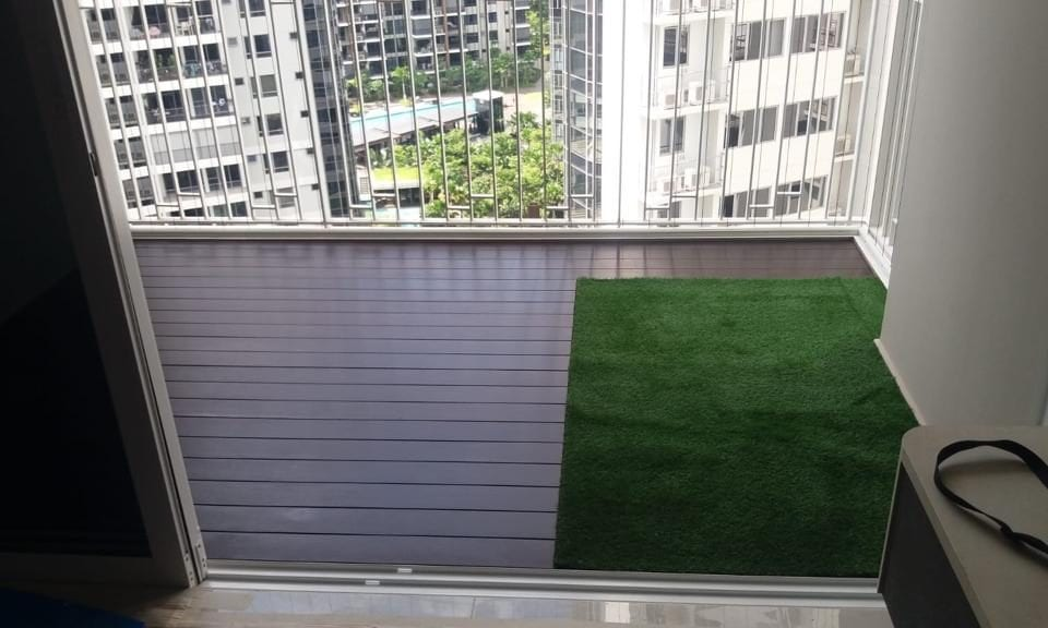 Chengal Decking With Turf
