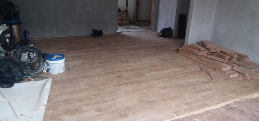 Muflooring - Installation of american white oak