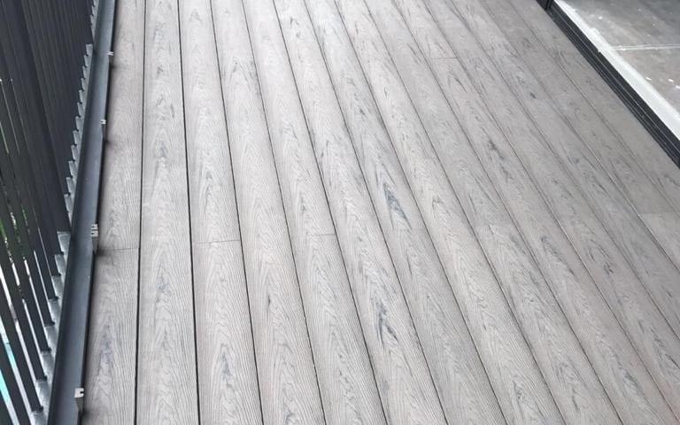Silver Grey WPC 3