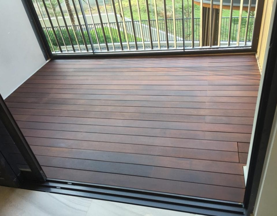 Chengal Decking with Walnut Vanish 11