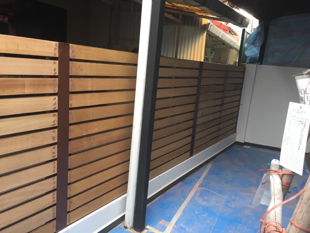 muflooring-Install of new chengal fence