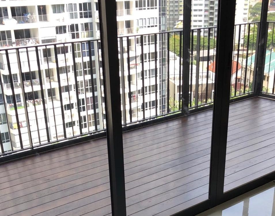 muflooring-Burmese teak on Balcony